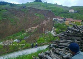 catastrofica-alluvione:-frana-inghiotte-le-case,-ecco-le-terribili-immagini