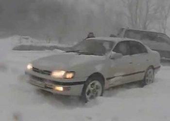 russia,-la-tormenta-di-neve-a-juzhno-sakhalinsk.-tutto-bloccato!