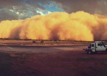 australia:-pioggia-record,-caldo-e-tempeste-di-sabbia