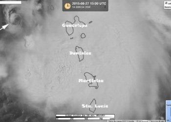 """la-tempesta-""""erika""""-devasta-l'isola-di-dominica,-nelle-antille"""
