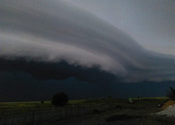 """spettacolare-""""shelf-cloud""""-nei-cieli-della-russia"""