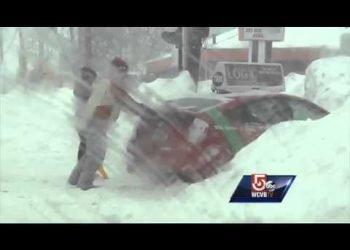 boston:-altro-mezzo-metro-di-neve-fresca.-quasi-2-metri-in-20-giorni,-e-record!