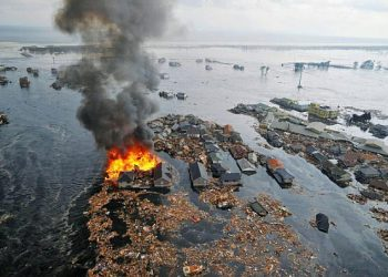 tsunami-e-fukushima:-nel-2011-l'impatto-impressionante-dell'onda-rovinosa