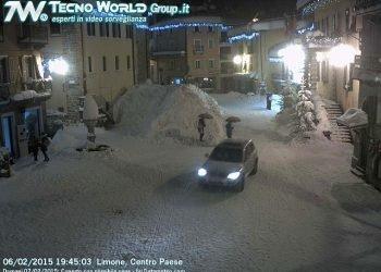 super-neve-sul-basso-piemonte,-accumuli-esagerati:-immagini-impressionanti