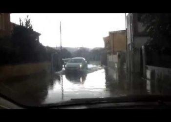 sardegna,-il-super-temporale-blocca-automobilisti