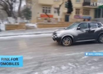 azerbaigian:-strada-ghiacciata-causa-il-caos-nel-traffico-di-baku
