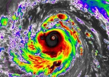 il-super-tifone-meranti-si-abbatte-su-taiwan:-raffiche-di-vento-a-360-km/h!