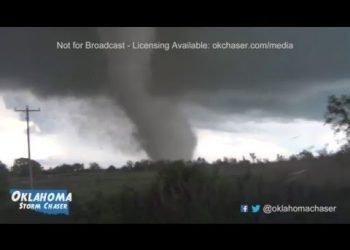 sempre-piu-vicino-al-tornado!-il-video-pauroso-da-wynnewood,-oklahoma