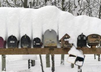 aprile-da-record-per-le-tempeste-di-neve-in-colorado:-video-impressionante
