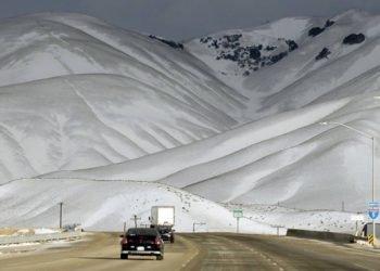neve-california,-spettacolare-immagine-dalla-valle-della-pace