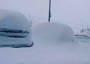 istanbul,-la-tormenta-di-neve-blocca-la-citta,-centinaia-bloccati-in-aeroporto