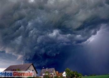 meteo-oggi,-venerdi-22:-temporali,-nubifragi,-grandine-in-varie-regioni