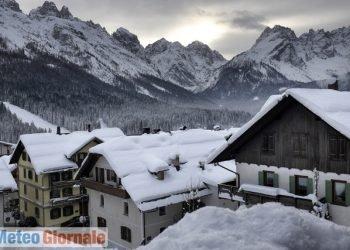 nuove-nevicate.-meteo-gelido-su-alpi,-passi-sepolti-da-metri-di-neve