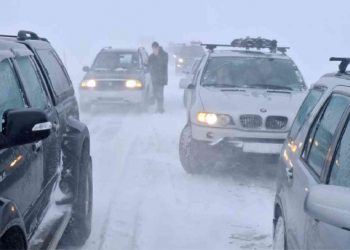 islanda-paralizzata-dalle-tempeste-di-neve