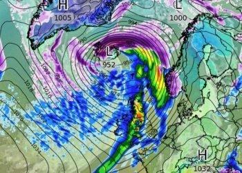 ciclone-sull'islanda-da-paura!-vento-a-250-km/h-con-6-gradi-sotto-zero!