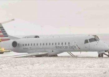 aereo-finisce-fuori-pista-per-la-neve-e-il-ghiaccio:-il-video-dell'accaduto