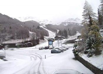 meteo,-irruzione-fredda-in-atto,-si-imbianca-di-neve-l'appennino-settentrionale