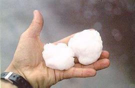 temporali-in-varie-localita-della-germania,-grandine-anche-da-4-cm-di-diametro.-trombe-d'aria,-grandine-e-nubifragi-in-sicilia