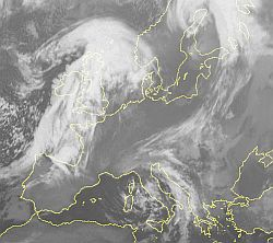 grandi-nevicate-sulle-montagne-svizzere,-forte-vento,-foehn-nelle-vallate-nordalpine