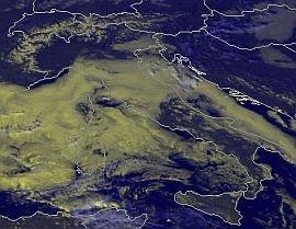 l'anticiclone-flette-leggermente-i-valori-barici-specie-al-nord,-ma-con-scarsi-effetti.-la-nuvolosita-regna-su-molte-zone-d'italia