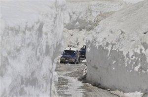 gelo-e-neve-nel-nord-india,-55°c-in-siberia,-freddo-estivo-in-australia