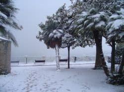 la-meteorologia-che-affascina-e-stupisce:-una-storica-fine-per-una-stagione-fredda-iniziata-sotto-opposte-condizioni