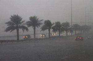 temporali-nel-deserto-degli-emirati-arabi,-allagata-dubai