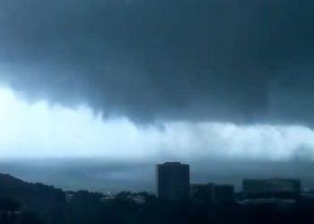 tornado-si-abbatte-su-rodi,-video-dell'evento