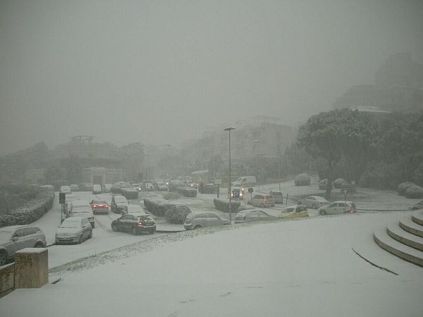 Bufera di neve su Ancona: era il 15 dicembre del 2010 e tale evento venne favorito dall'Adriatic Effect Snow esaltato ulteriormente dall'orografia del Monte Conero.