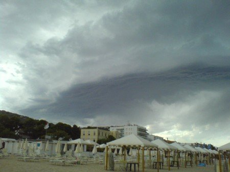aria di tempesta su silvi marina 9292 1 2 - Aria di Tempesta su Silvi Marina