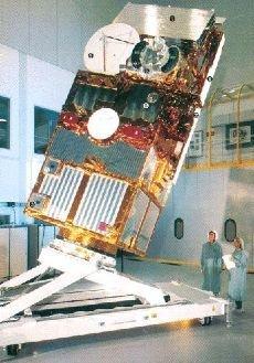 Strumenti sempre più sofosticati per analizzare le correnti oceaniche: The ERS satellites ERS-2.