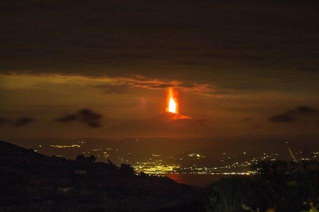 Eruzione Etna - foto di Gabriele Costanzo