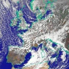 Immagine Meteosat sul campo del Visibile delle ore 14.30 UTC, tratta da www.meteoam.it.