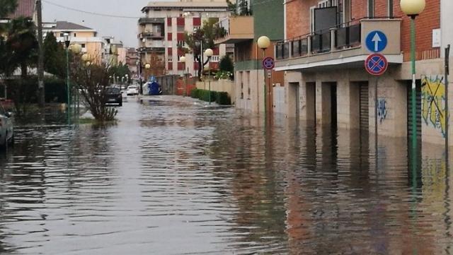 Allagamenti a Pescara, zona Porta Nuova