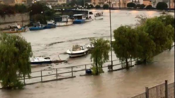 meteo avverso in sicilia ancora nubifragi allagamenti esondazione di fiumi 53959 1 1 - Meteo avverso in Sicilia: ancora nubifragi, allagamenti, esondazione di fiumi