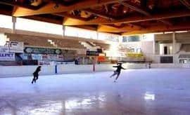 Il gelo a Milano è una rarità rispetto al passato, nei giorni nostri è divenuta pura follia sperare di pattinare all'aperto!