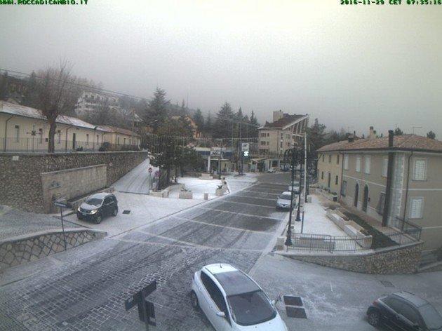 Fonte webcam roccadicambio.it