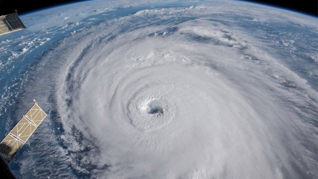 """uragani bomba sugli usa orientali rischio crescente causa global warming 59138 1 1 - Uragani """"Bomba"""" sugli USA orientali, rischio crescente causa global warming"""